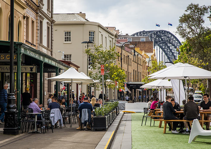 Image of outdoor dining in The Rocks. Image by Anna Kucera