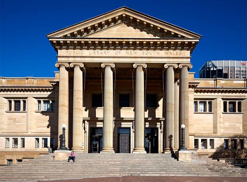 The exterior of the State Library of NSW showing sandstone columns.