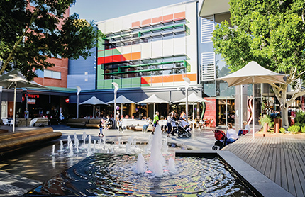 Fountain at Rouse Hill Town Centre, Sydney. Photo by DPIE / Craig Greenhill
